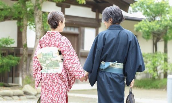 カップルで盛り上がる着物デート【きものレンタル夢京都祇園店】