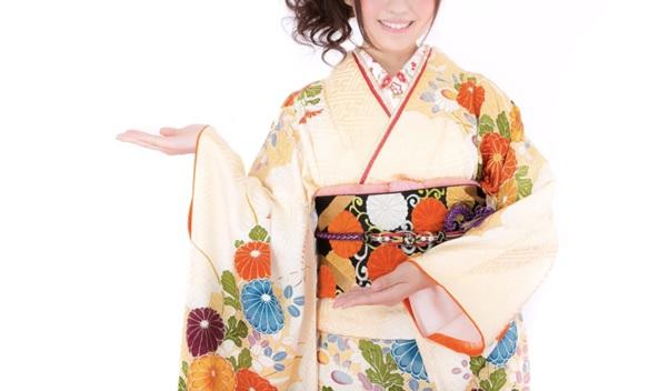 着物で試したい双子コーデ【きものレンタル夢京都祇園店】