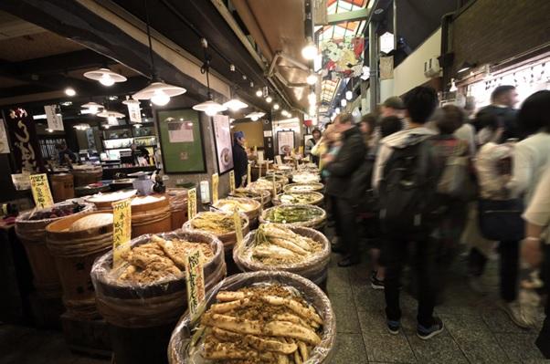 着物で行きたい!京都の食べ歩きスポット